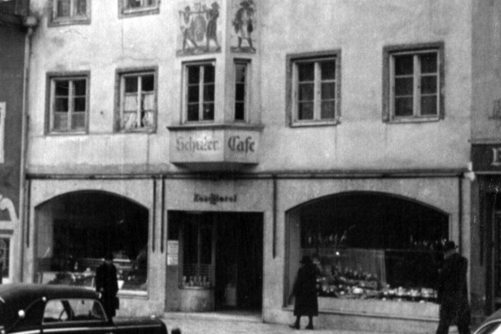Außenansicht des Cafe Schuler in der Nachkriegszeit